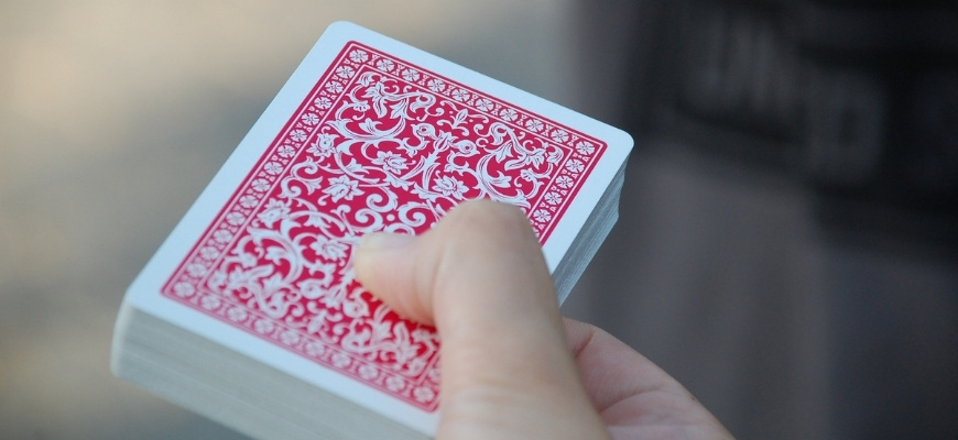 Топ 16 лучших колод игральных карт на 2021 год