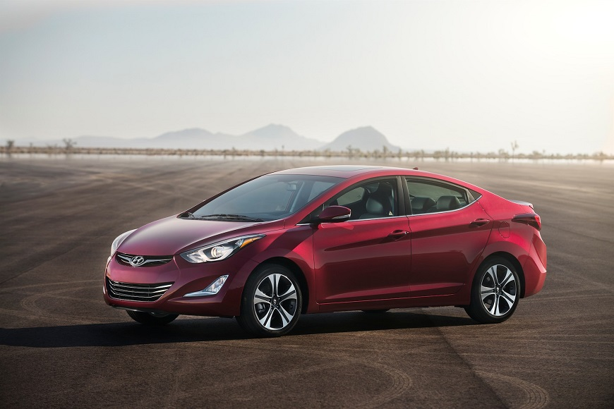 Hyundai Elantra  с ярким дизайном