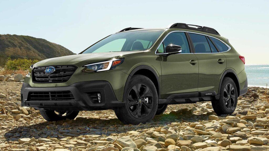 Subaru Outback вместительный