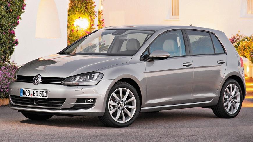Volkswagen Golf  выглядит очень солидно